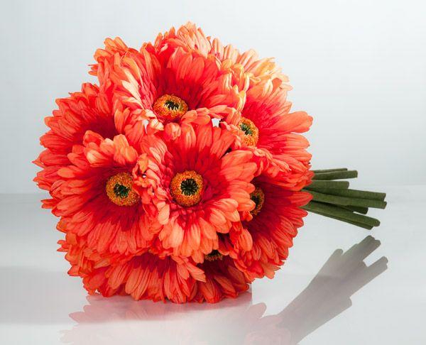 Flowers for autumn weddings